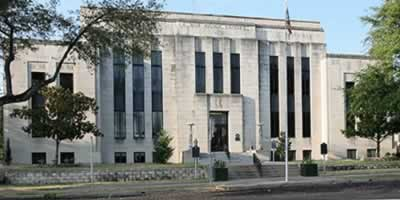 Van Zandt County Courthouse in Canton