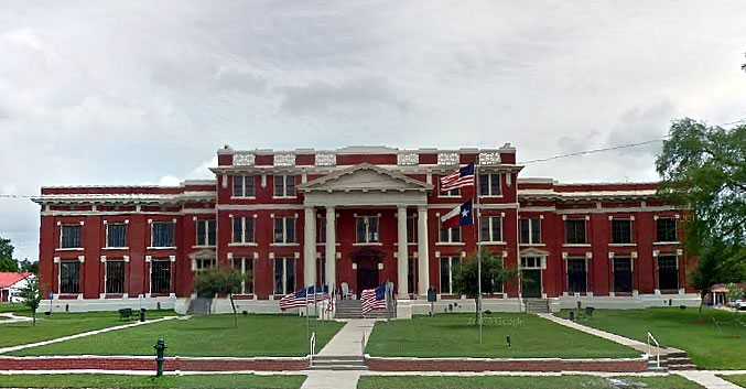 Trinity County Court House in the City of Groveton in Deep East Texas