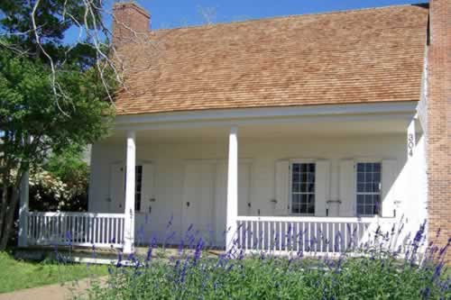 Durst-Taylor Historic House and Gardens in Nacogdoches, Texas