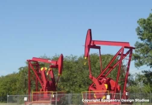 Producing oil well, Van, Texas