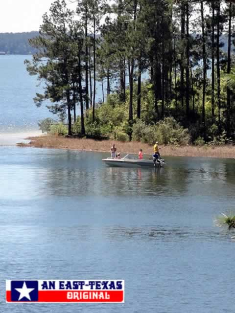 Fishing on beautiful Toledo Bend Reservoir