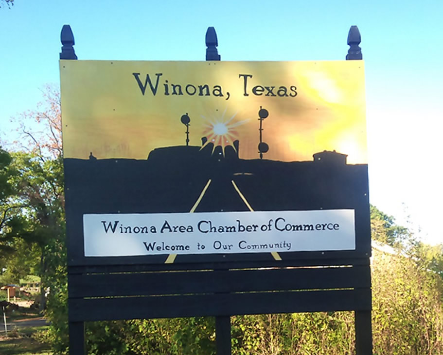 The Winona Area Chamber of Commerce ... Welcome to Our Community