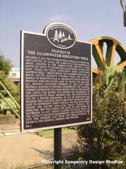 Gladwater Heritage Society Marker - Downtown Gladewater, Texas - Snavely #1 - The Gladewater Discovery Oil Well